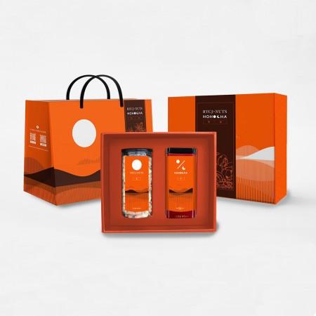 【禮盒】【日月傳奇XHohocha喝喝茶 超強聯名款】*新品上市*橙韻禮盒 (果+茶 組合)-純享綜合堅果450G X1+Hohocha喝喝茶 紅玉紅茶-台茶18號)